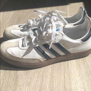 Like new Adidas Samba-white